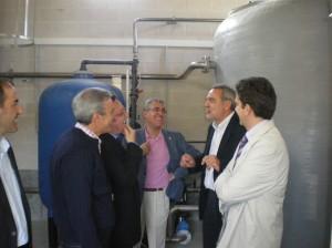 Javier Garcia, alcalde de Valtorres, Chesús Bernal y el Consejero Boné en la inauguración de la potabilizadora de Valtorres.